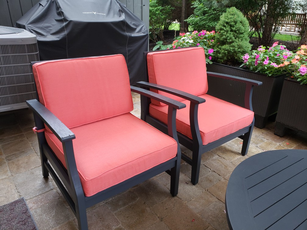 Outdoor chairs cushion upholstery